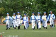 淮南大学生着古装穿婚纱 拍摄特色毕业照告别大学生活
